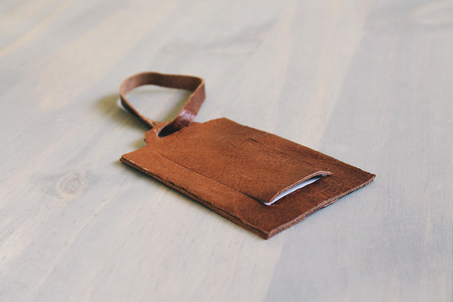 diy leather luggage tag - almost makes perfect