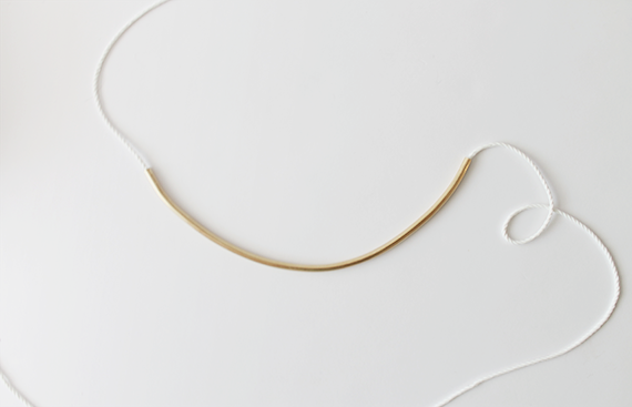 diy brass curved necklace tutorial | almost makes perfect