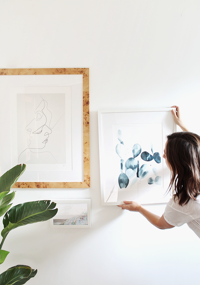 how to create a 5 minute gallery wall   almost makes perfect