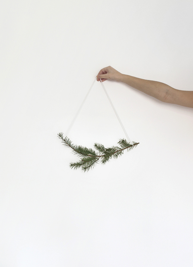 30 second holiday garland | almost makes perfect